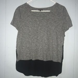 T-shirt that you can dress up or dress down
